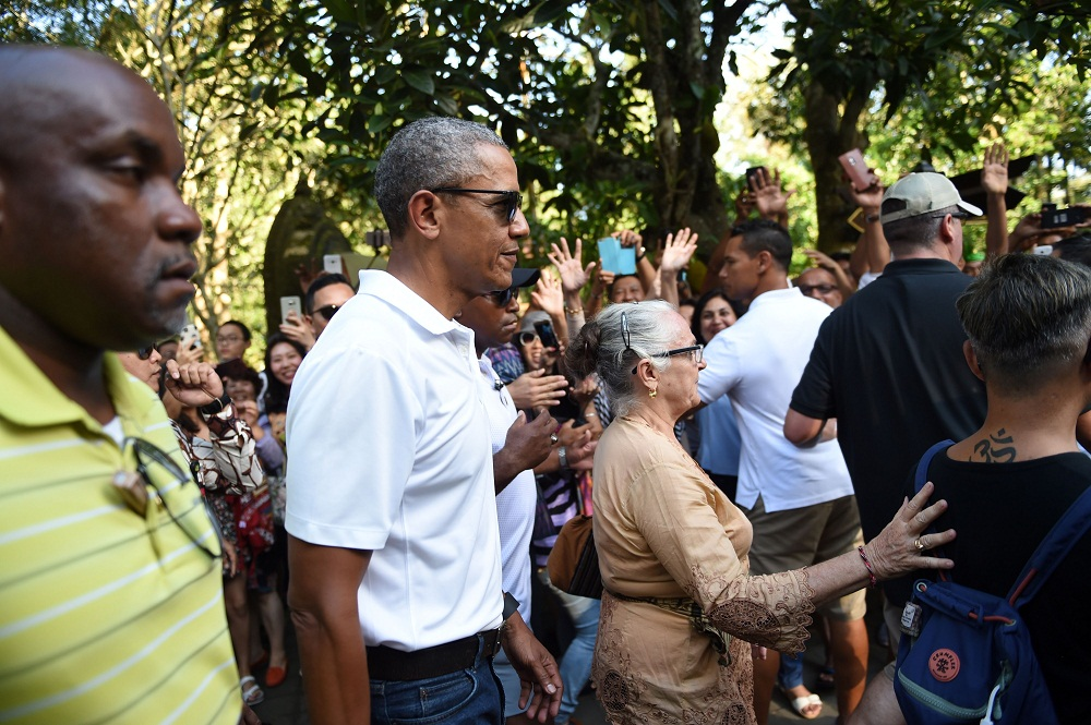 Barack Obama's Tirtha Empul temple visit