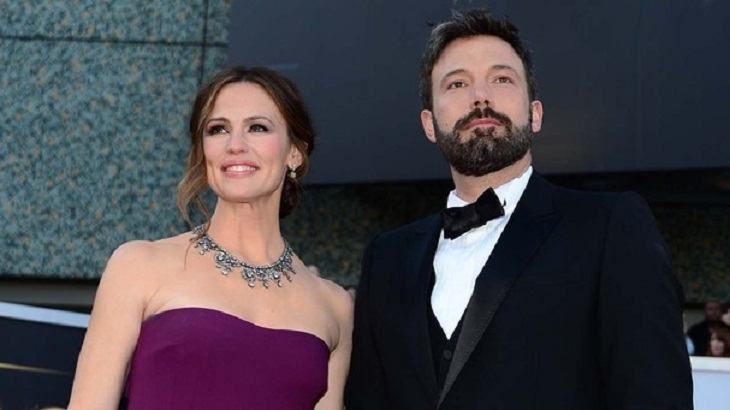 Affleck, Garner on family vacation after announcing divorce