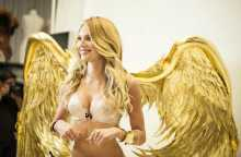 How the Victoria\'s secret fashion show wings are actually made