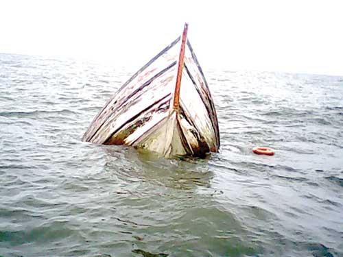 Elderly man killed in Meghna trawler capsize