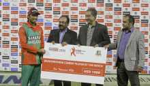 Anamul wins man of the match award in 3rd ODI
