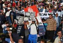 Thousands protest, Mexico leader\'s popularity hits low
