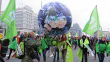 UN climate talks begin as global temperatures break records