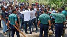 18 hurt in cop baton charge on Barisal health technology students