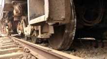 Derailment halts Chittagong train services