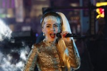 Lady Gaga sparks pregnancy rumors