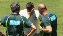 Clarke retires hurt in first Test against India