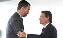 Spanish King Praises Unity on Visit to Catalonia After Vote
