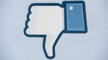 Facebook thinking about \'dislike\' function - Zuckerberg
