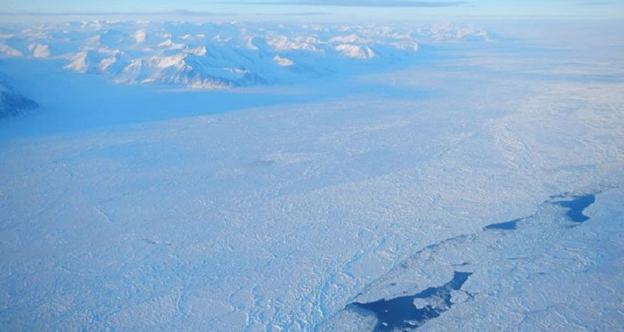 Arctic sea ice volume holds up in 2014