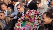 Khaleda pays homage to martyred FFs