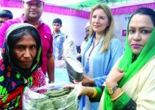 Blankets distributed by Bashundhara Group in Manikganj