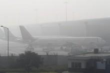 India fog causes Delhi travel chaos