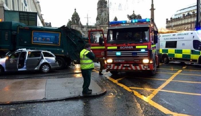 Several pedestrians killed in Glasgow bin lorry crash