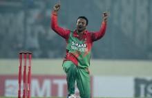 Bangladesh hero Shakib joins Renegades