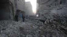 Syria barrel bombs \'kill dozens in Islamic State areas\'