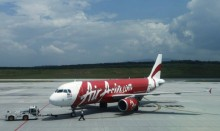 AirAsia plane with 162 passengers missing