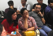 Search resumes for missing AirAsia passenger jet: Official