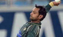 Mohammad Hafeez's bowling action gets scrutinised