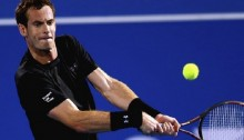 Andy Murray beats Feliciano Lopez