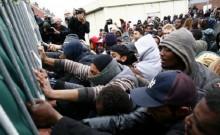 Migrants clash in French port city amid tensions, 7 injured