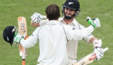 NZ's Williamson & Watling set record