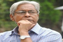 Chashi Nazrul will be buried in the grave of his mother