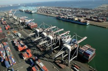 US West Coast Ports Facing Complete Gridlock