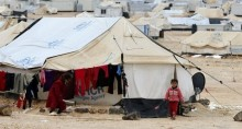 Syria refugees: UN warns over camps in Jordan