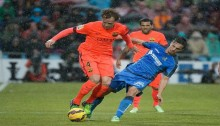 Barca win to set up Atletico match