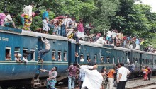 Intense schedule disruption in train service
