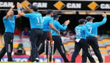 India bowled out for 153 in tri-series ODI vs. England