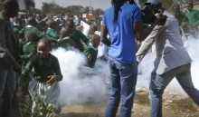Kenya apologies for tear-gassing protesting pupils