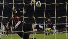Messi & Neymar score twice in Barca win