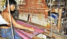 Blockade batters Sirajganj handloom industry