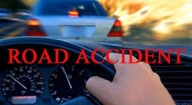 2 killed in Kustia road accident.