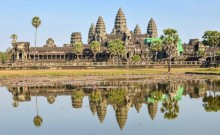 US sisters arrested for taking nude photos at Angkor Wat Temple