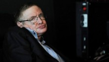 Stephen Hawking warns scientists against seeking contact with aliens