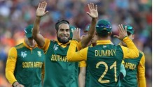 Cricket World Cup: South Africa holds off Zimbabwe to secure 62-run win in Hamilton