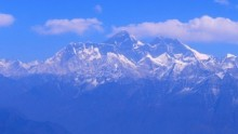 Safety fears prompt change to Everest climbing route