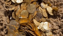 Scuba Divers Discover \'Priceless\' Gold Coins in Israel