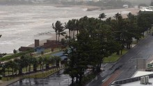 Cyclones Lam and Marcia hit Australia\'s shores