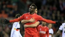 Balotelli snatches victory for Reds