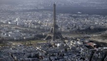 3 Al-Jazeera journalists arrested in Paris for flying drone