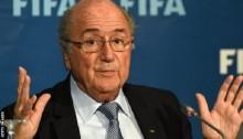 Qatar 2022: World Cup final \'no later than\' 18 December - Blatter