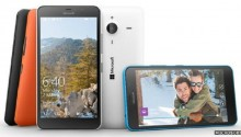 Sony and Microsoft focus on mid-range smartphones at MWC