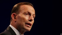 Australia\'s Abbott Calls Aboriginal Communities a \'Lifestyle Choice\'