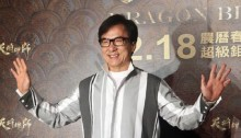 Jackie Chan lends his voice to China\'s Olympic bid
