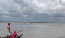 One drowns in trawler capsize in Dhaleshwari River