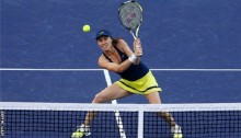Martina Hingis returns to Swiss Fed Cup team after 17 years